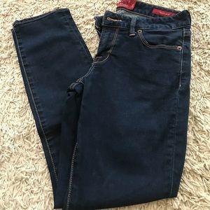 Leyla Capri Jeans